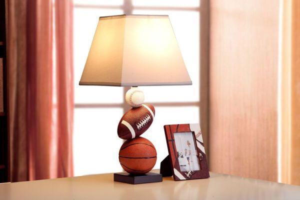 创意篮球卧室床头灯