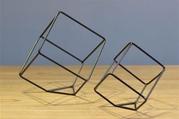 簡約鐵藝不規則幾何體擺件